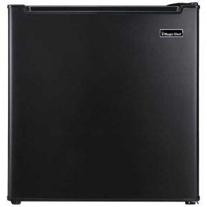 Magic Chef 1.7 Cubic-ft Manual Defrost Refrigerator (Black)