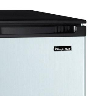 Magic Chef 4.4 Cubic-Foot Compact All-Refrigerator (Silver)